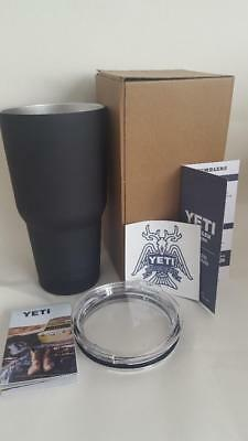 YETI Rambler 30oz BLACK MATTE Coated Stainless Steel Insulated Cup Tumbler NEW