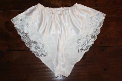 Vtg Silky Glossy Liquid Satin & Lace, French Knickers Panties Size 14