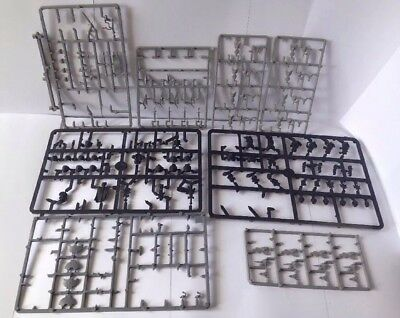 Warhammer Fantasy And 40k Sprues And Bits (w1457)