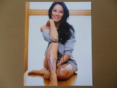 "Lucy Liu Signed /Autographed Photo ""Joan Watson"""