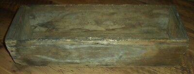 ANTIQUE MID1800S PRIMITIVE RECTANGULAR WOOD TRENCHER / BOX NICE DRY SURFACE vafo