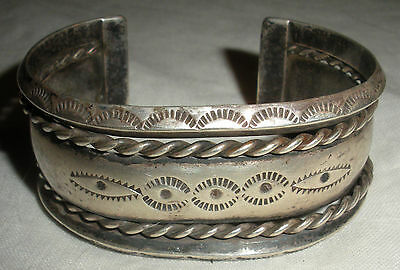 c 1900 - 1920 CARINATED & EYE STAMPS INGOT COIN SILVER BRACELET CUFF NAVAJO vafo
