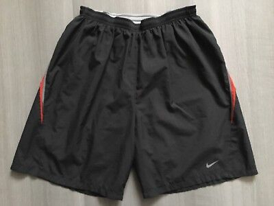 Short Homme Nike Running 18 cm Performance DRI-FIT Taille S Gris