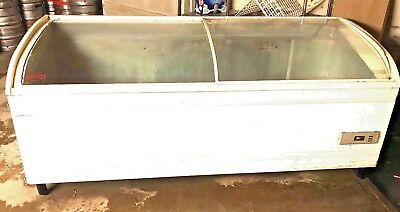 Used Commercial Grade Chest Freezer With Sliding Glass Lids........fully Working