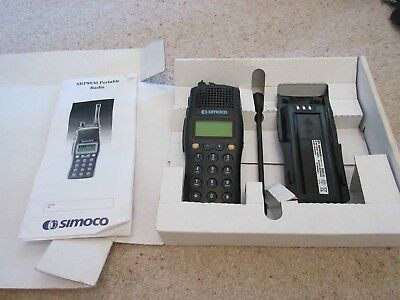 Simoco Srp8030 Hand Held Uhf Radios (Two) New In Boxes Not Tested.