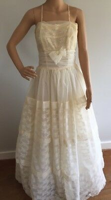 Vintage 1950's Prom Dress Ball Gown Wedding Spaghetti Straps Ivory Lace
