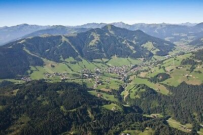 austria holiday apartment in mountains tirol flat 30 Euro Kitzbühel hotel living