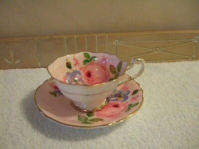 Paragon WARRENT by the Queen Cabbage Rose Tea Cup and Saucer