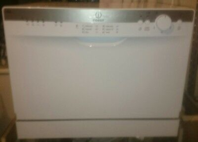 Indesit ICD661 Compact Tabletop Dishwasher - White