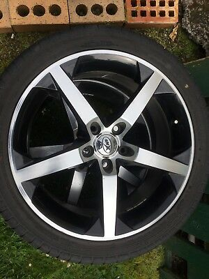 XHP 18Inch Mags Set Of 4 With Tyres