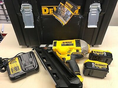 DEWALT XR DCN692P2 18V 5.0Amh LI ION BRUSHLESS CORDLESS NAIL GUN NEW TOOL