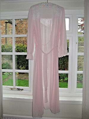 Vintage Miss Elaine Pink Floaty Nylon And Lace Negligee Medium