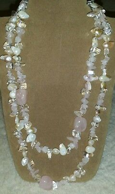 Vintage 1980s Glass and mother of pearl beaded necklace. Costume jewellery