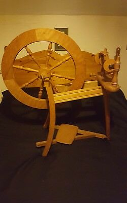 Ashford traditional wooden spinning wheel equipment made in Newzeland