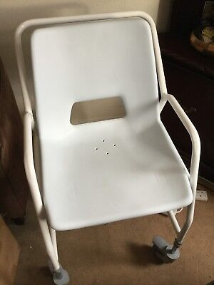 Aidapt Deluxe wheeled shower chair