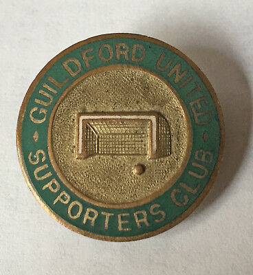 GUILDFORD UNITED SUPPORTERS CLUB BADGE Circa 1921-1927
