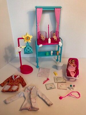 Barbie I Can Be Newborn Nursery Doctor Furniture Playset lot Baby Seat W/Sounds