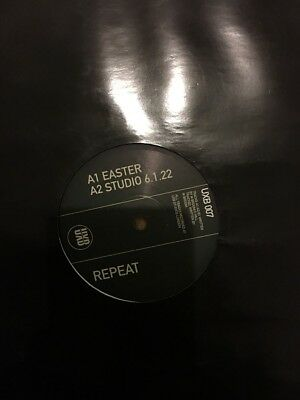(Mark Broom) Repeat - Easter/ Studio 6.1.22/ Scattered / Silver UXB007