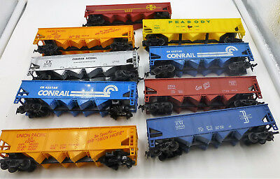 HO Scale  ~ Rolling Stock Hopper Freight Cars