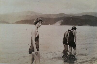 Vintage original Japanese women at beach 1920s candid snapshot b&w photo A12
