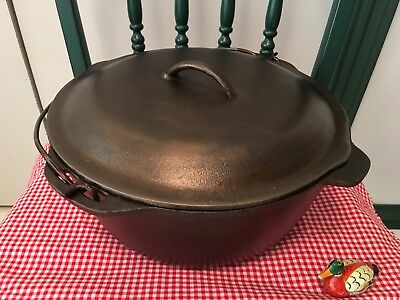 Vintage #10 Lodge Cast Iron Dutch Oven, Little Ten, Extremely Nice User!!!