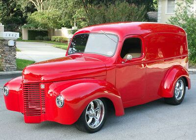 1941 International Harvester 1200 PANEL TRUCK RESTOMOD - AC - BIG BLOCK AMAZING CUSTOM RESTOMOD - 1941 International Panel Truck - AC - 1K MILES