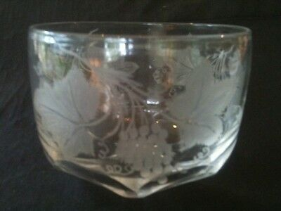 "c.1840/50 STOURBRIDGE FINE ETCH VINE LEAF MOTIF BOWL 3 1/2"" TALL x 4 3/4"" DIA."