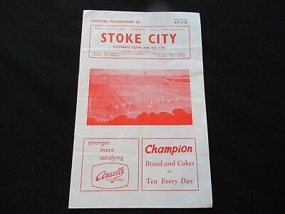 STOKE CITY V CHARLTON ATHLETIC 1961/62 Good Condition Football Programme