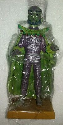 3*)Mint*inrfmb*stingray*stf03*titan*statue*never*removed*from*polystyrene*in*box