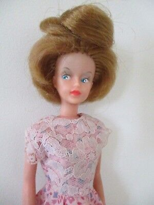 Beautiful Vintage 1960s 1st Issue  Palitoy Red Head Tressy Doll VGC