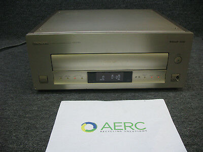 Pioneer HLD-X9 MUSE Hi Vision LD Laser Disc Player- tested for power - loc 1-B