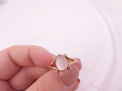 9ct/ 9k rose gold Moonstone Victorian ring, 375