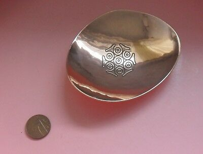 Keswick School Industrial Art Stunning Small Copper Dish - Firth Staybrite SO87