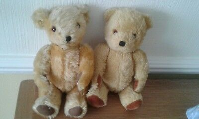 Two Vintage DEANS teddy bears. 11 inches tall. Circa 1970s/80s