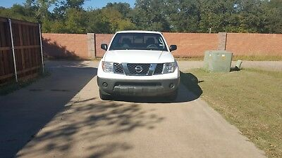 2006 Nissan Frontier XE nissan frontier XE King Cab white