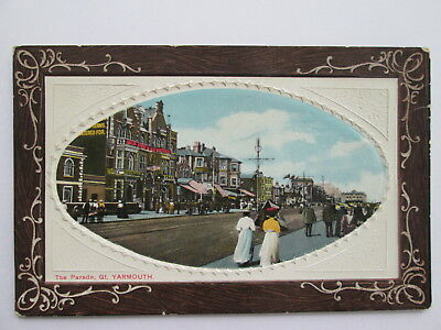 Vintage Postcard - The Parade , Great Yarmouth , Norfolk .