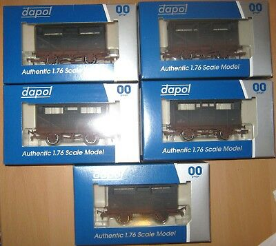 Dapol 5 Pack Cattle Wagons Set Weathered B500MULTIW