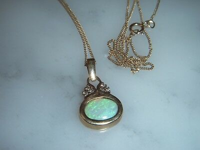 A Stunning Vintage 9 Ct Gold 2.50 Carat Opal And Diamond Pendant And Chain