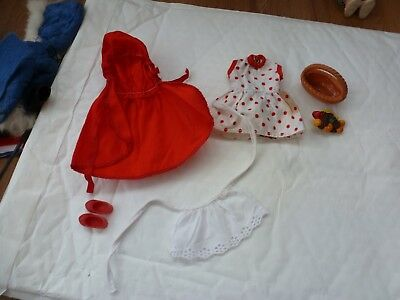Vintage Patch (Sindys Little Sister) Clothing Outfits
