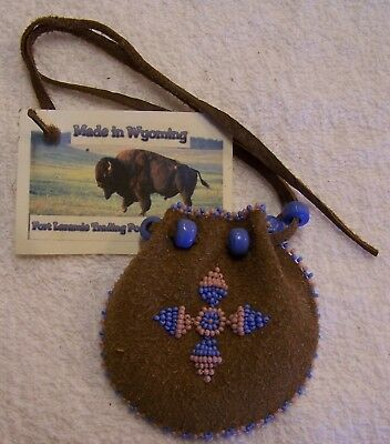 Hand Made Small Beaded Medicine Pouch Rendezvous Black Powder Mountain Man 03