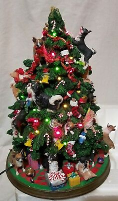 Danbury Mint Lighted Chihuahua Family Christmas Tree Sculpture See Description