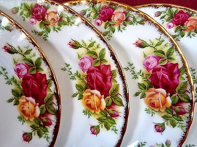 """ROYAL ALBERT OLD COUNTRY ROSES 3 PLATES 8"""" 1st 1962"""