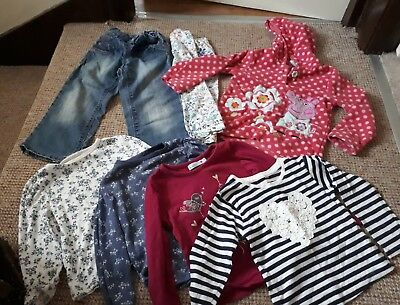Bundle of girls clothes 3-4 years (Peppa Pig and others)