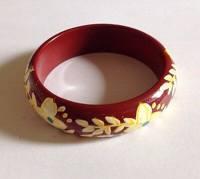 Pretty Floral Vintage Look/Retro/Wooden Bangle/Kitsch/Red/Cream/Yellow 70s