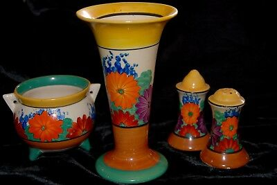 Clarice Cliff Gayday Vase - Shape 280 - Dates from 1930-34