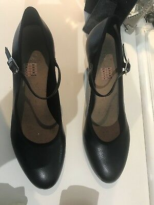 Black Leather Stage Shoes (bloch) Size 5