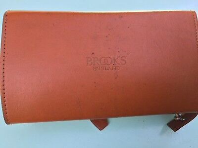 Brooks England D-Shaped Leather Tool Bag Honey