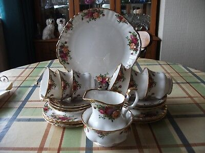 Royal Albert 'old Country Roses' 21 Piece Teaset 1962