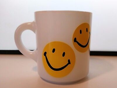 Vintage Milk Glass Smiley Face Mug