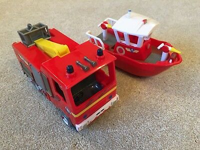 Fireman Sam Boat And Fire Engine both in great used condition